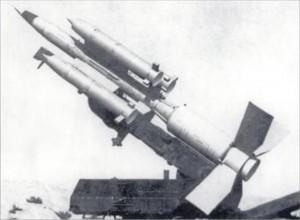 """S-75M varianta 22D - Sursa: Steven Zaloga """"Red SAM: The SA-2 Guideline Anti-Aircraft Missile """""""