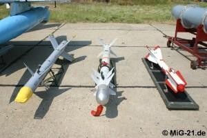 Rachete aer-aer acrosate pe MiG-21 LanceR - Sursa: MiG-21.de