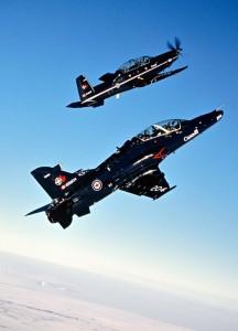 NFTC Hawk si T-6B - Sursa: defenseindustrydaily.com