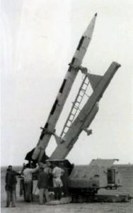 Al-Samoud I, de notat lansatorul similar SA-2 - Sursa: b14643.de