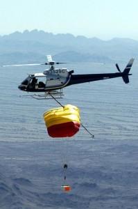 Teste pentru recuperarea capsulei misiunii Genesis a NASA - recuperare esuata - Sursa: Wikipedia.org