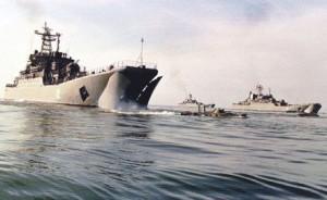 Nave de desant rusesti exersand acum cativa ani debarcarea in Siria - Sursa: survincity.com