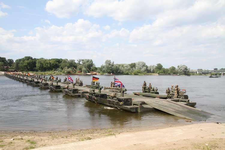 M3 peste Vistula, Anakonda 2016 - Sursa: Bob Morrison via combatandsurvival.com